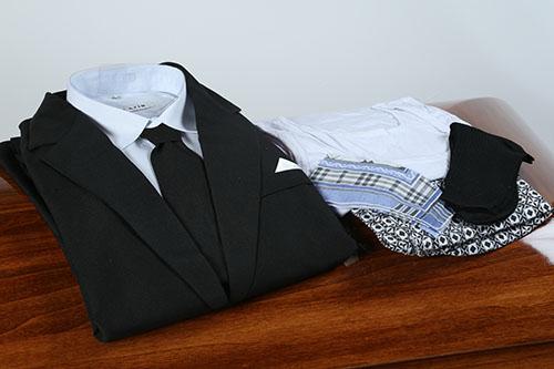 Одежда для покойного мужчины