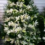 Вінок з живих квітів_24