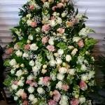 Вінок з живих квітів_23