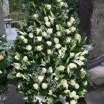 Вінок з живих квітів_32