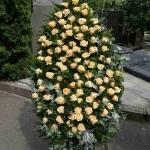 Вінок з живих квітів_30