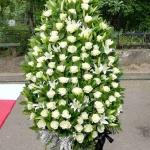 Вінок з живих квітів_28