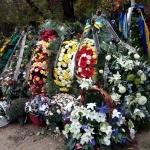 Благоустройство могилы после похорон