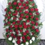 Венок из живых цветов_43