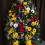 Венок из живых цветов_34