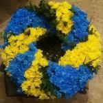 Венок из живых цветов_54