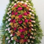 Венок из живых цветов_62