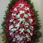 Венок из живых цветов_74